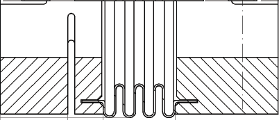 Connection of the ends of the metal bellows to the clamping hubs